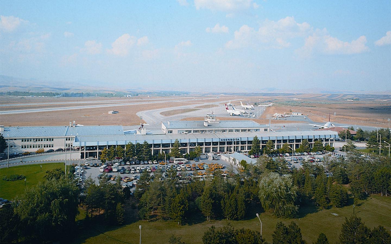 Ankara Esenboğa Havalimanı Dış Hatlar Terminali Tadilatı